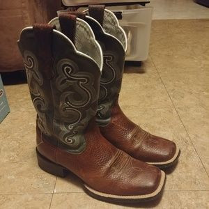 Women's ariat boots square toe size 7b
